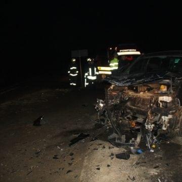 FOTO ILVA MICĂ – COD ROȘU: Accident mortal la ieșirea spre Sîngeorz! 10 persoane, implicate! Un tânăr, decedat