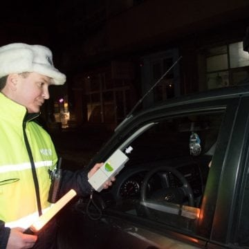Weekend pe șosea: Încă 4 dosare penale pentru că au urcat beți la volan