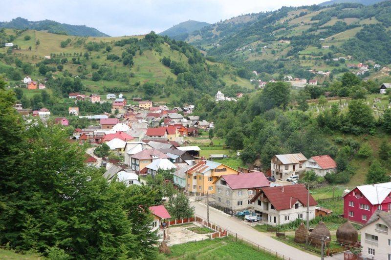 Parva vrea unirea cu Republica Moldova! E prima comună din România care a semnat