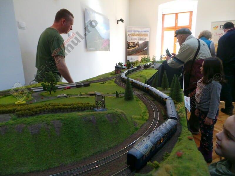 FOTO/VIDEO: Spectaculoase trenulețe în valoare de zeci de mii de euro, de admirat la Muzeul Județean