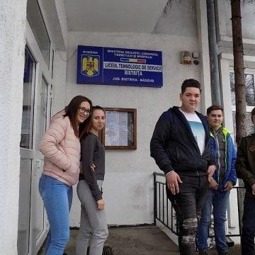 VIDEO: Performanță. 10 elevi din Bistrița au primit oferte de angajare pe loc, în Portugalia!
