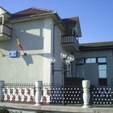 """Penitenciarul a devenit ieri """"casă"""" pentru un bistrițean și trei tinerei din Zagra"""