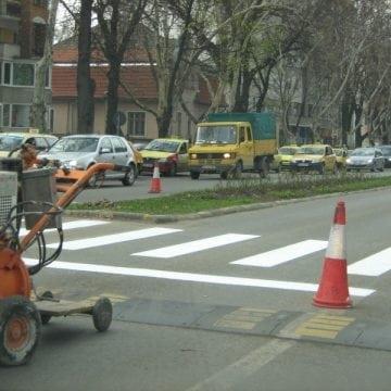BISTRIȚA: Un copil s-a lovit de o mașină!
