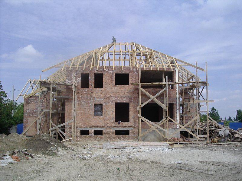 Bistrițenii nu se grăbesc să își construiască locuințe: Bistrița-Năsăud, la coada clasamentului