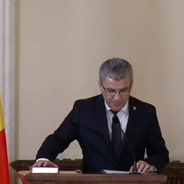 Gafă stânjenitoare, surprinsă la ministrul Ioan Deneș!