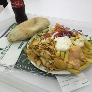 Un renumit lanț fast-food cu specific grecesc vine la Bistrița
