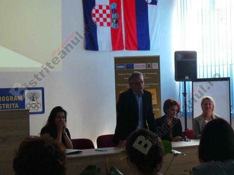 FOTO: Ce caută 21 de elevi din Polonia, Croația și Slovenia – în vizită la Bistrița