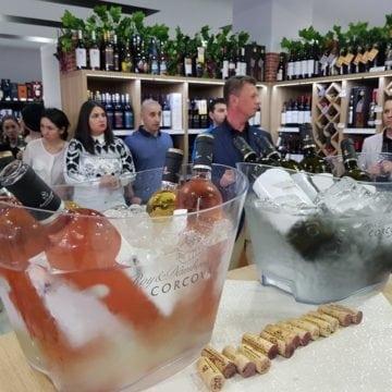 The Drinks Store: A curs vinul de la Corcova în pahare!