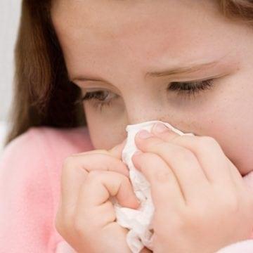 Peste nouă sute de bistrițeni au suferit infecții ale căilor respiratorii într-o singură săptămână