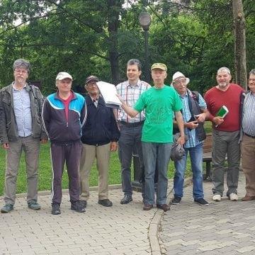 Verzii au depus la Primăria Bistrița aproape 5000 de semnături împotriva modernizării Pieței Centrale