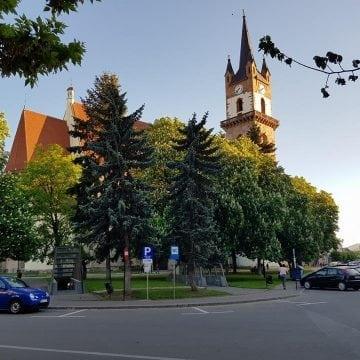 Plângere penală împotriva conducerii orașului – încercarea verzilor și a afaceriștilor de a salva Piața Centrală
