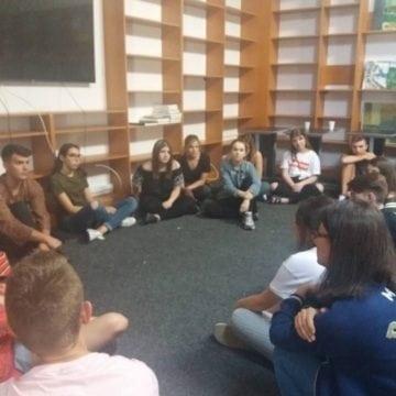 FOTO: 10 tineri din Polonia, implicați într-un proiect inedit, la Bistrița