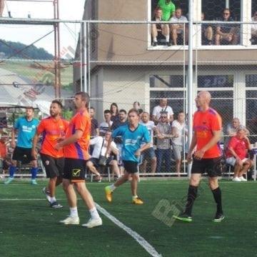 Numai două-s norocoase! EXTRATEREȘTRII și RAAL s-au calificat la Campionatul Național de minifotbal Alba Iulia 2018!