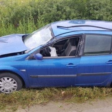 FOTO TEACA: O argeșeancă a intrat cu mașina într-un TIR
