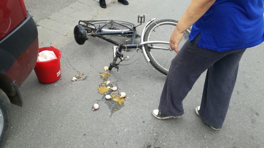 Biciclist rupt de beat, accidentat în parcarea unui hypermarket de pe Independenței