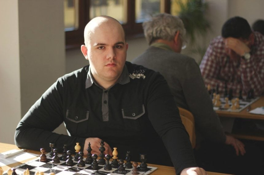 Dominik, bistrițeanul care se îndrăgostește zilnic de un sport pe care mulți îl abandonează