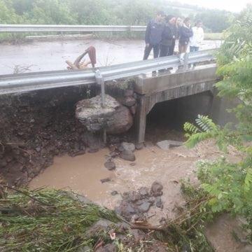 FOTO/VIDEO – Drum blocat de ploile din ultima oră!