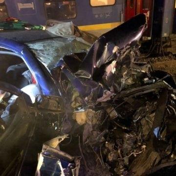Impactul cu trenul putea să le fie fatal celor doi tineri din Feldru. Ce s-a întâmplat: