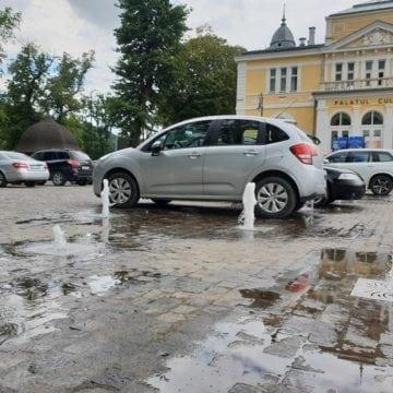VIDEO:  Momentul acela de grație când crezi că îți speli mașina gratis, dar de fapt o faci praf…!