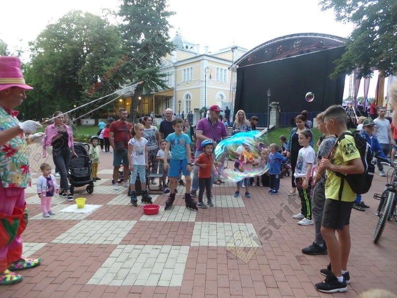 Rostul de dimineață:  Apariție stranie, ieri, în parcul municipal din Bistrița…