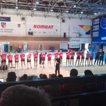 FOTO/VIDEO: Echipa de handbal, prezentată de solistul trupei Talisman! Impresionant meci, frumoasă victorie!