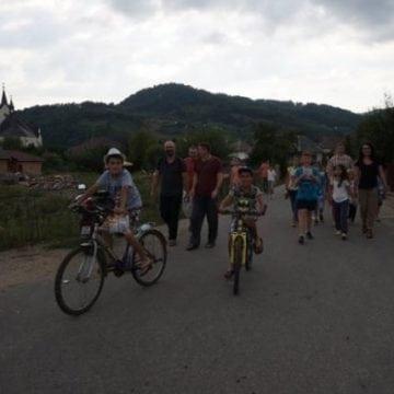 INEDIT: Aplicație turistică unică, realizată de copii la Școala de Vară de la Telciu