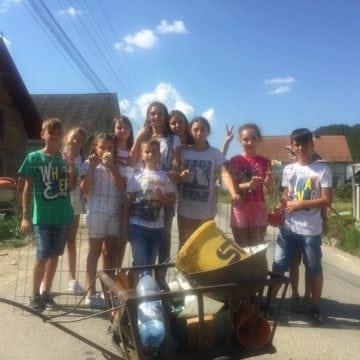 Școala de Vară: Copiii din Telciu învață cum să facă filme și instrumente muzicale