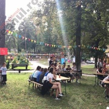 FOTO/VIDEO:  Explozie de culoare și bună-dispoziție la Sîngeorz Youth Fest…!