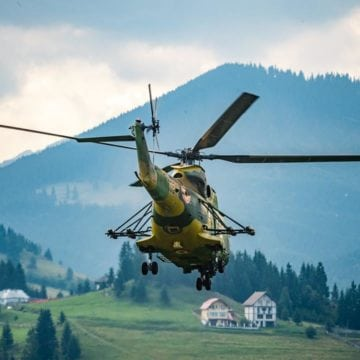Cu elicopterul! Așa vor ajunge la destinație alimentele și apa pentru sportivii Via Maria Theresia