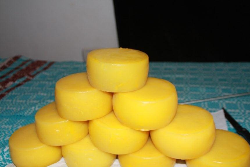Minunea de la Ardan! Un profesor produce în micul sat din Șieu celebra Manchego, brânza lui Don Quijote