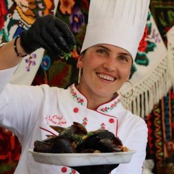 Nina Rus, într-un concurs culinar, în Serbia! Ingredientul secret pe care se bazează pentru victorie