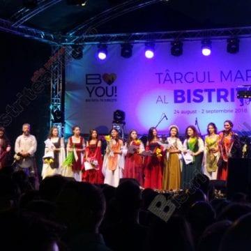 FOTO/VIDEO: Domnița Bistriței 2018 va primi drept premiu o rochie realizată de Tina Olari
