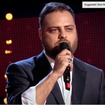 """VIDEO:   Muzician din Bistrița, implicat într-un """"moment sălbatic"""", la Vocea României!"""