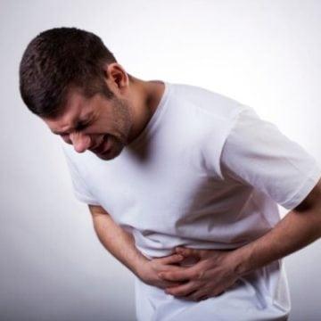 Ce dureri îi chinuie pe bistrițeni? În top sunt cele abdominale și de spate