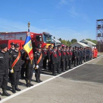 FOTO: În anul centenarului, pompierii bistrițeni au sărbătorit 50 de ani de curaj, profesionalism și dârzenie