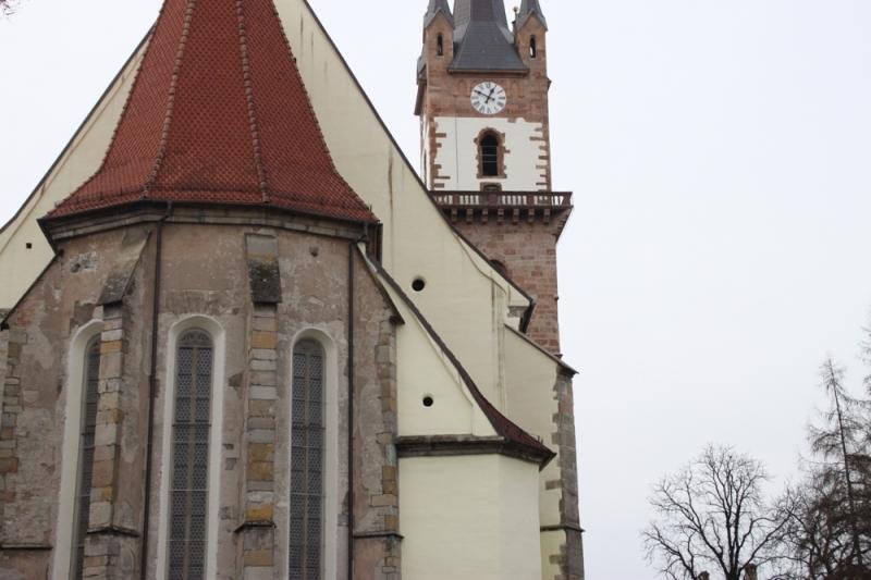 FOTO: Noi descoperiri arheologice în Piața Centrală, lângă Biserica Evanghelică…?!