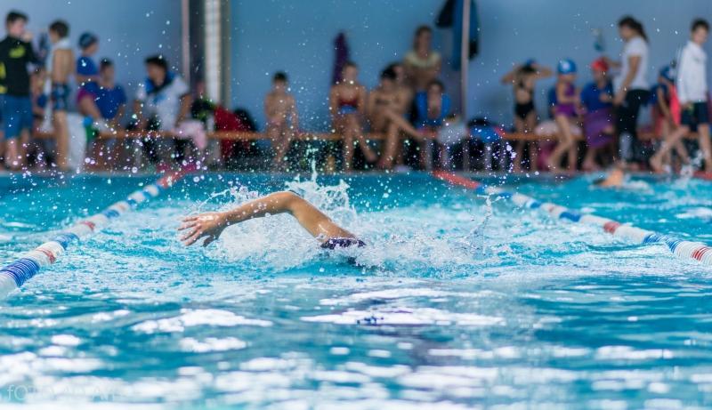 Peste 100 de sportivi participă mâine la Cupa Casa EMA la înot!