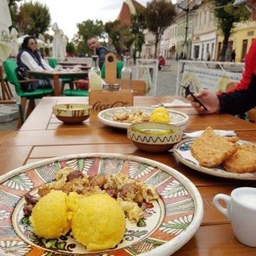 Restaurant Țărănesc Casa Doamnelor, la ceas aniversar! ȘAPTE – cifra perfecțiunii și a desăvârșirii!