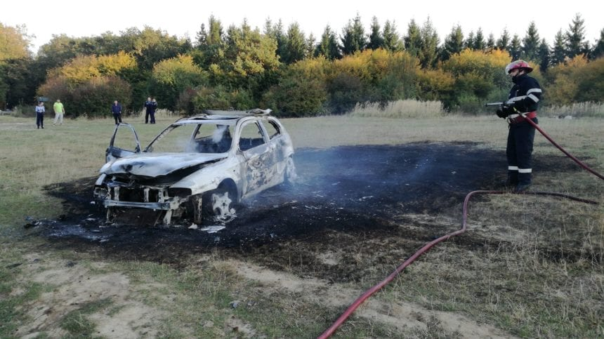REBRIȘOARA: I s-a aprins mașina și s-a ars și pe față!