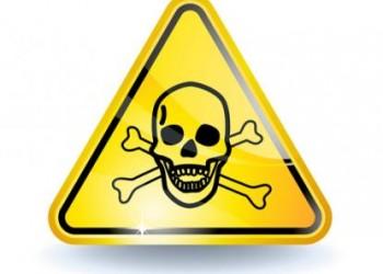 TOXIC! Mii de kilograme și litri de substanțe periculoase confiscate de polițiștii bistrițeni