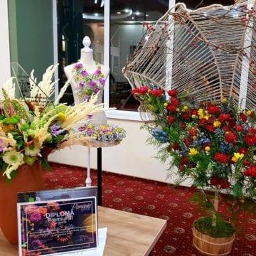 FOTO/VIDEO: O bistrițeancă, locul III la Cupa României de Artă Florală