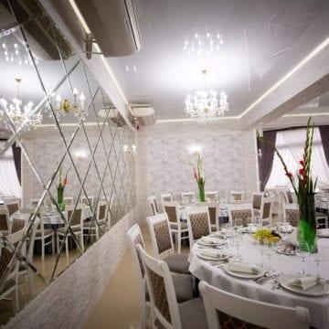 NĂSĂUD – Ce sală de bal au năsăudenii chiar în mijlocul orașului! Anastasia Ballroom, pentru evenimente de poveste…