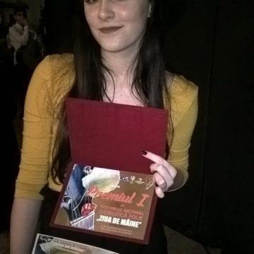 O elevă de 17 ani din Bistriţa a cucerit Marele premiu la Alba Iulia!
