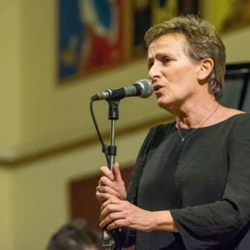 VIDEO. Condamnată la închisoare, expulzată din ţară, comparată cu Cesaria Evora şi Edith Piaf: O viaţă de poveste, un concert senzaţional