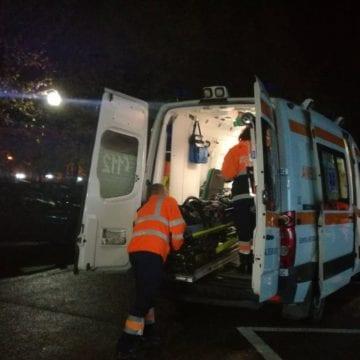 FOTO – Copila bătută vineri de alte două adolescente a ajuns la spital! Ce dureri acuză