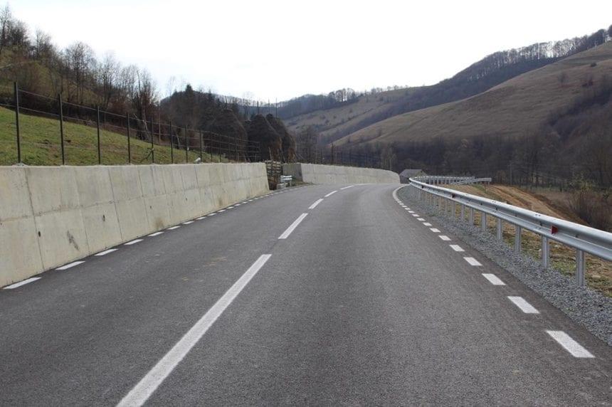 Noi drumuri județene vor fi modernizate. VEZI care sunt acestea: