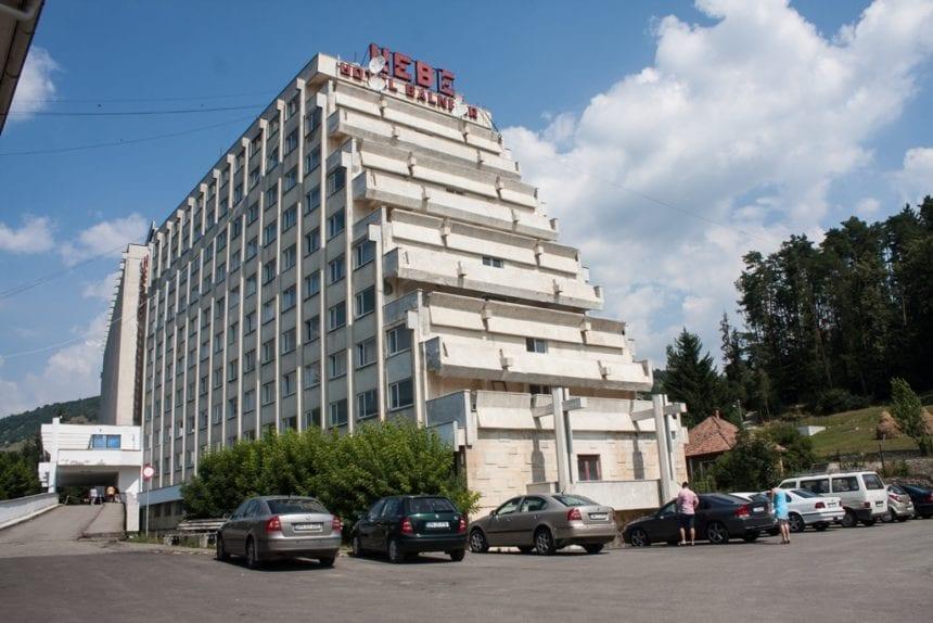 Lipsă de 4 stele la Sîngeorz-Băi. Cel mai mare hotel nu prea e interesat să creeze confort sporit pentru turiști