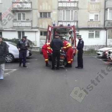 FOTO/VIDEO: Tentativă de sinucidere pe strada Împăratul Traian din Bistrița!