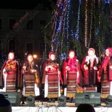 Rădăcinile Eternității: Tradiții de Crăciun și colindători din toată țara, la Bistrița