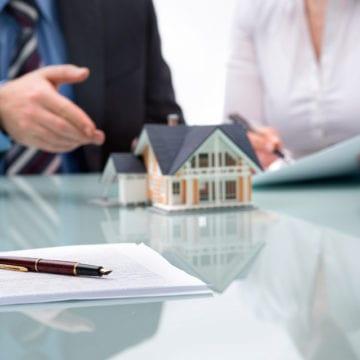 Bistrițenii nu se prea înghesuie să se împrumute la bănci pentru locuințe. Județul, la coada clasamentului creditelor